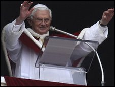 Pope Benedict XVI in the Vatican (10 Jan 2010)