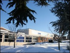 The Ridgeway School in Wroughton in the snow