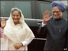 Sheikh Hasina and Manmohan Singh