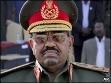 Omar al-Bashir in uniform (Archive 2009)