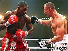 Jermain Taylor (left) and Arthur Abraham