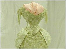 Salt dress