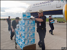 Icelandic rescue workers unload pallets of water at Port-au-Prince airport. Photo: 13 January 2010