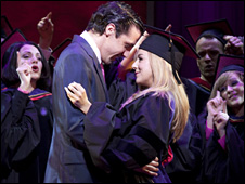 Alex Gaumond as Emmett Forrest and Sheridan Smith as Elle Wood