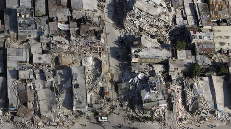 Damage in downtown Port-au-Prince, 14 January 2010 (UN Minustah mission)