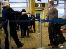 Random screening at Washington Reagan National Airport, 5 January 2010