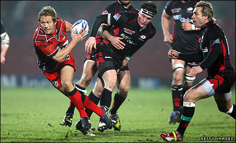 Jonny Wilkinson in action for Toulon against Saracens