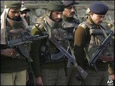 Indian paramilitary soldiers