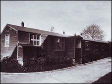 Marconi's Hut