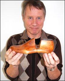 Tony Wadsworth holding the last