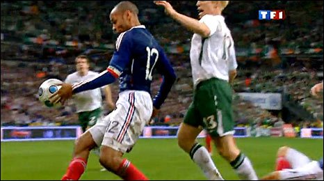 Thierry Henry handles the ball in the build up to France's goal