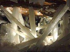 Crystal cave (Oscar Necoechea/Cproducciones)