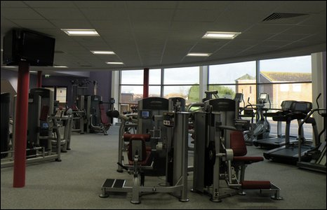 Bbc In Pictures Meridian Leisure Centre In Louth