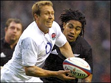 Jonny Wilkinson in action for England against New Zealand
