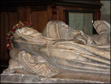 Isabel de Pembrugge's tomb