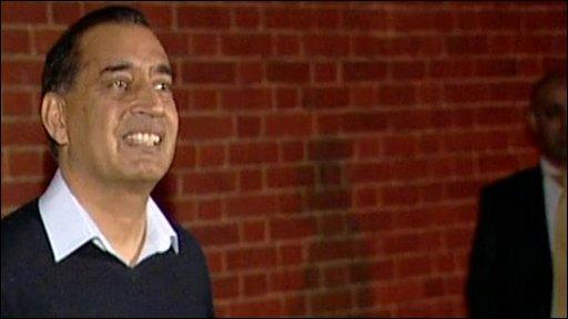 Munir Hussain
