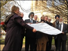 Failth leaders with their pledge opposing a planned EDL march