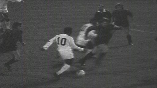 Pele v Plymouth 1973