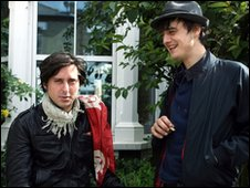 Carl Barat and Peter Doherty at the BBC rerecording of Sergeant Peppers Lonely Hearts Club Band in 2007