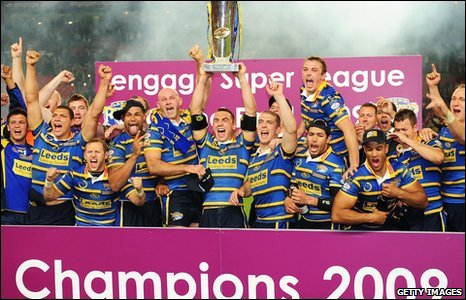 Leeds Rhinos celebrate winning the 2009 Super League Grand Final