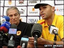 Angola coach Manuel Jose (L) with captain Kali (R)