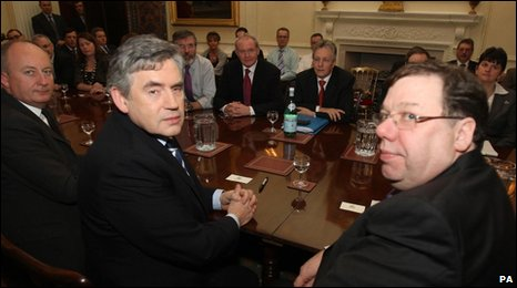 Gordon Brown and Brian Cowen in face to face talks with Northern Ireland's parties
