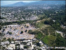 Aerial view of Port-au-Prince (21 January 2010)