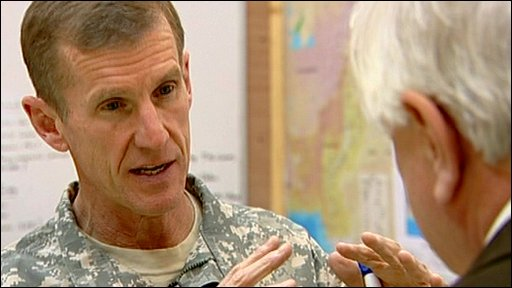 General Stanley McChrystal talking to John Simpson