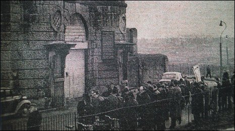The crowd outside Shrewsbury Prison when Riley was hanged