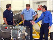 Rolls-Royce engineers discuss engines with US Navy personnel