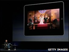 Steve Jobs demonstrates the movie function of the new iPad