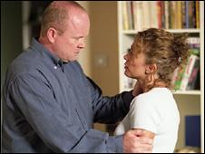 Phil Mitchell (Steve McFadden) and Lisa Fowler (Lucy Benjamin)