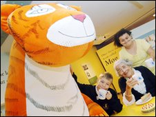 Judith Kerr with children in the Seven Stories exhibition