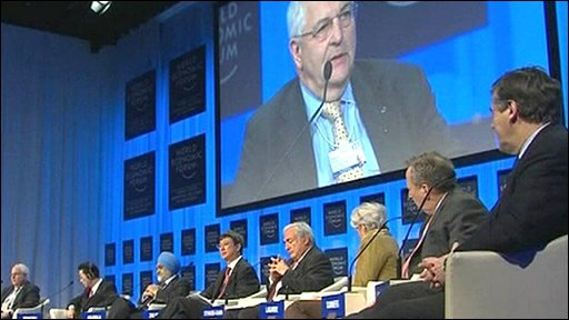 Bank chiefs in discussion at Davos