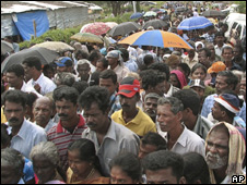 Voters in Jaffna