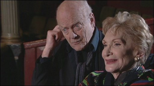 Actors Michael Byrne (l) and Sian Phillips