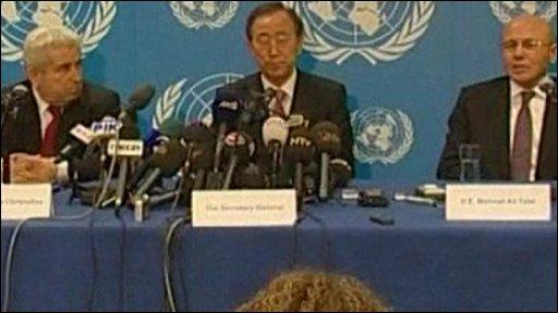 Ban Ki-moon with Demetris Christofias and Mehmet Ali Talat