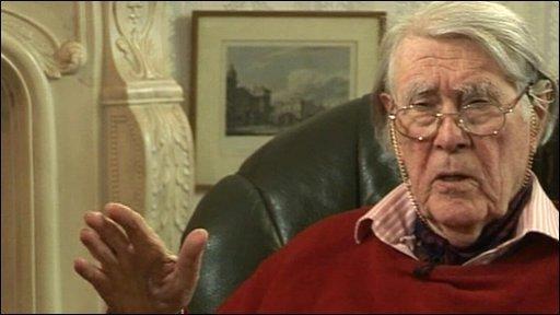 Nazi code-cracker Jerry Roberts
