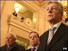 Peter Robinson (right) with Ian Paisley and Nigel Dodds