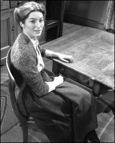 Vivien Heilbron as Chris Guthrie