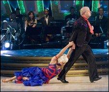 "John Sergeant ""performs"" a tango"