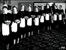 Lyons waitresses, PA