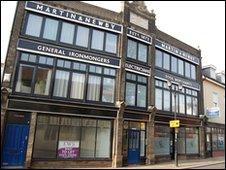 Martin & Newby sign, Ipswich
