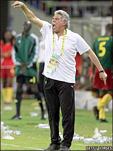 Egypt coach Hassan Shehata screams from the sidelines at the 2010 Nations Cup