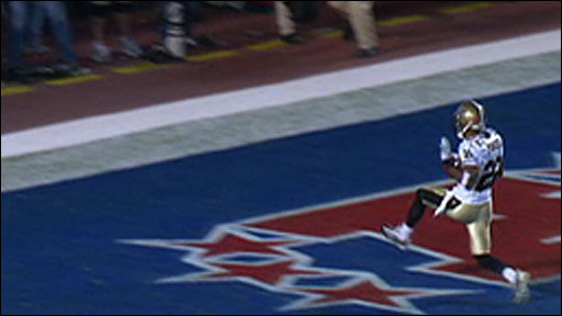 Tracy Porter scores a touchdown for New Orleans
