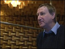 Anechoic chamber, Andy Bower