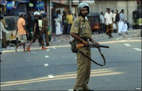 Sri Lankan policeman