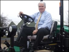 Peter Driver of Ransomes-Jacobsen