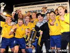 Leeds lift League Cup