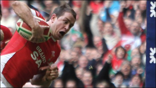 Shane Williams' last-gasp winner for Wale